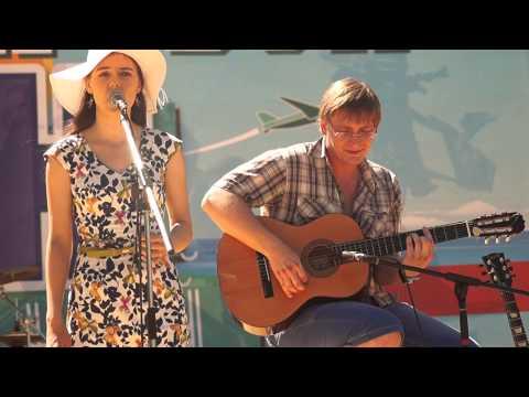 Музыкальный флешмоб Омск 27.06.2015. Redwitch