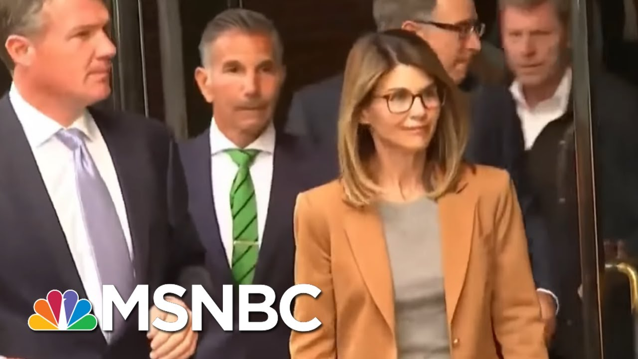 Lori Loughlin gets 2 months in prison in college admissions scandal ...