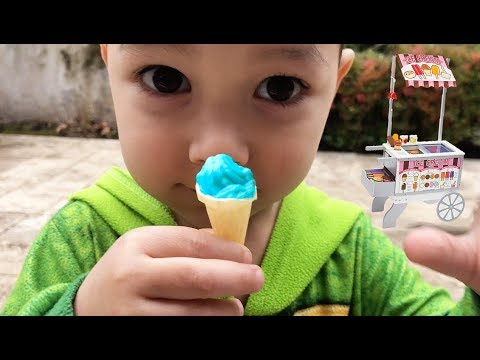 Pretend Play With Food Cart   Kid Selling Tiny Ice Cream   Johny Johny yes Papa Song Compilation 2