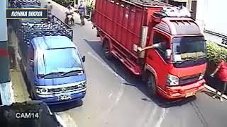 CCTV Gak Lucu Tapi Bikin Ngakak, Video Gokil Abis Terbaru