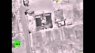 Видео российских авиаударов по позициям ИГ в районе Пальмиры