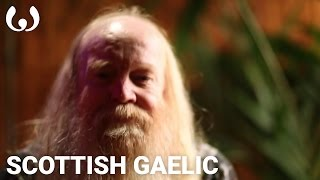 WIKITONGUES: Alan speaking Scottish Gaelic
