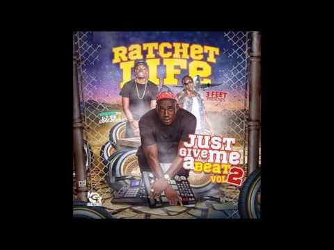 12.Gutta Bitch (Just Give Me A Beat 2)