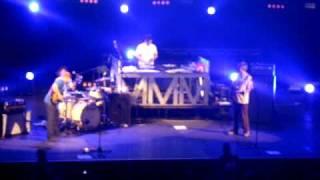 Beastie Boys - Sabotage (live @ Roy Wilkins)