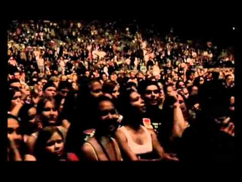 Maroon 5 Live Friday The 13th_The Sun