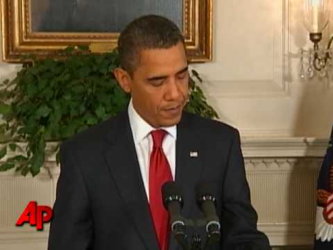 Obama Lifts Entry Ban for Those With HIV