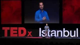 Paylaşmayı Bilmezsen Kazanamazsın | İzzet Pinto | TEDxIstanbul