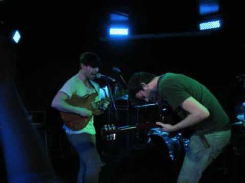 foals-mathletics-live-ep-oribe-peralta
