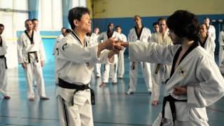 Les coups de coudes mortels du Taekwondo - Lee Kwan Young