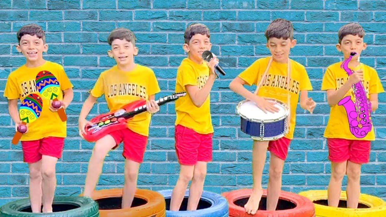 Jason और Alex बच्चों के लिए खिलौने के बारे में नई मजेदार कहानियां | बच्चों के लिए संगीत वाद्ययंत्र