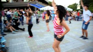 FLASH MOB - Michael Jackson - Beat it- Bulgaria