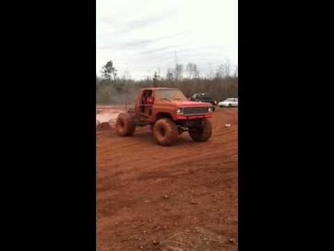 Transmission explodes at Camp hill AL. mud bogg