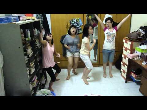 Phế, Hương, Phượng, Vân cover teenage dream