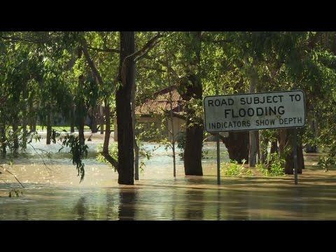 Australia floods still rising