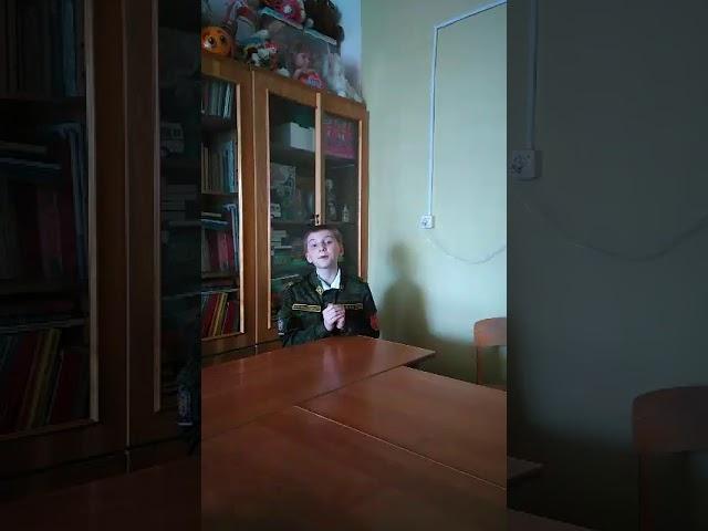 Изображение предпросмотра прочтения – ИгорьЖуравлев читает произведение «Города и годы» Дон-Аминадо