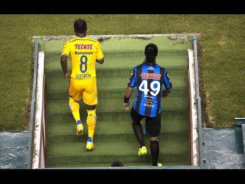 Ronaldinho vs Tigres