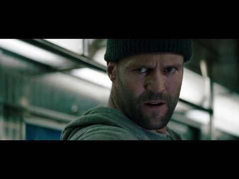 safe-(2012)-movie-jason-statham-train-fight-scene-(best-video-quality)