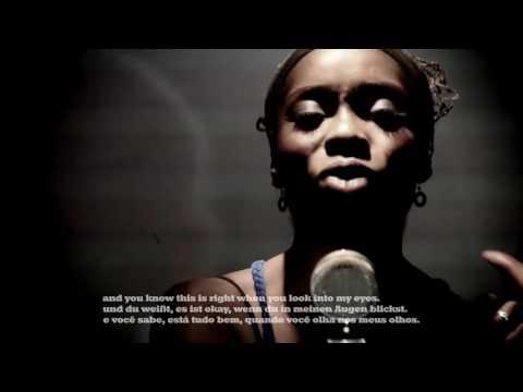 Iyeoka Okoawo - Simply Falling with English/Deutsch/Português subtitles mp3