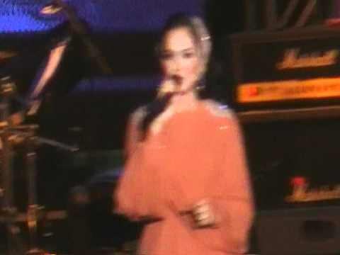 Siti Nurhaliza Di Konsert Harian Metro 2