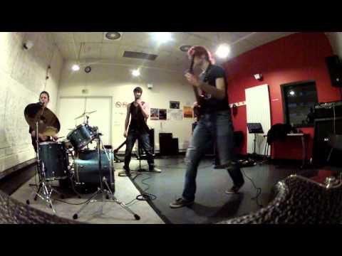 korn right now (cover by gravitationnal downfall)
