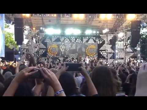 One Direction GMA live 8/4/2015 ——No Control