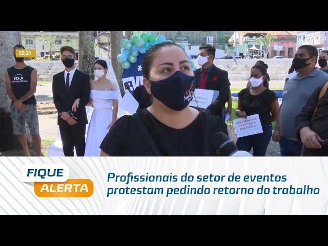 Profissionais do setor de eventos protestam pedindo retorno do trabalho