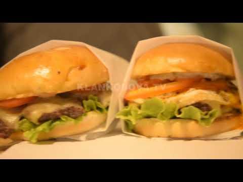 Ora e Pasdites- Koreani James Kim, me hamburgerët e shijshëm në Prishtinë- Klan Kosova