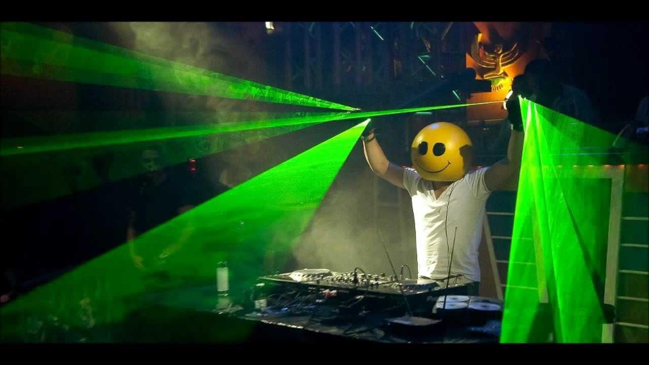 flo-rida-whistle-mike-candys-festival-bootleg-remix-full-version-trojkaorangemusic