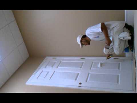 Pintando una puerta youtube - Como pintar puertas de sapeli ...