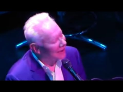 Joe Jackson-Steppin' Out (Live at the London  Palladium 17/04/2019)