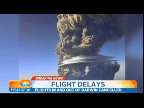Volcano eruption forces Darwin flight cancellations | Sangeang Api volcano