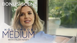 Does Arielle Kebbel Have Psychic Abilities? | Hollywood Medium with Tyler Henry | E!