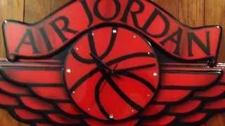 Video Air Jordan Wings logo plaque clock download MP3, 3GP, MP4, WEBM, AVI, FLV Mei 2018
