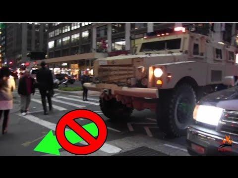 Einsatzfahrzeuge blockiert