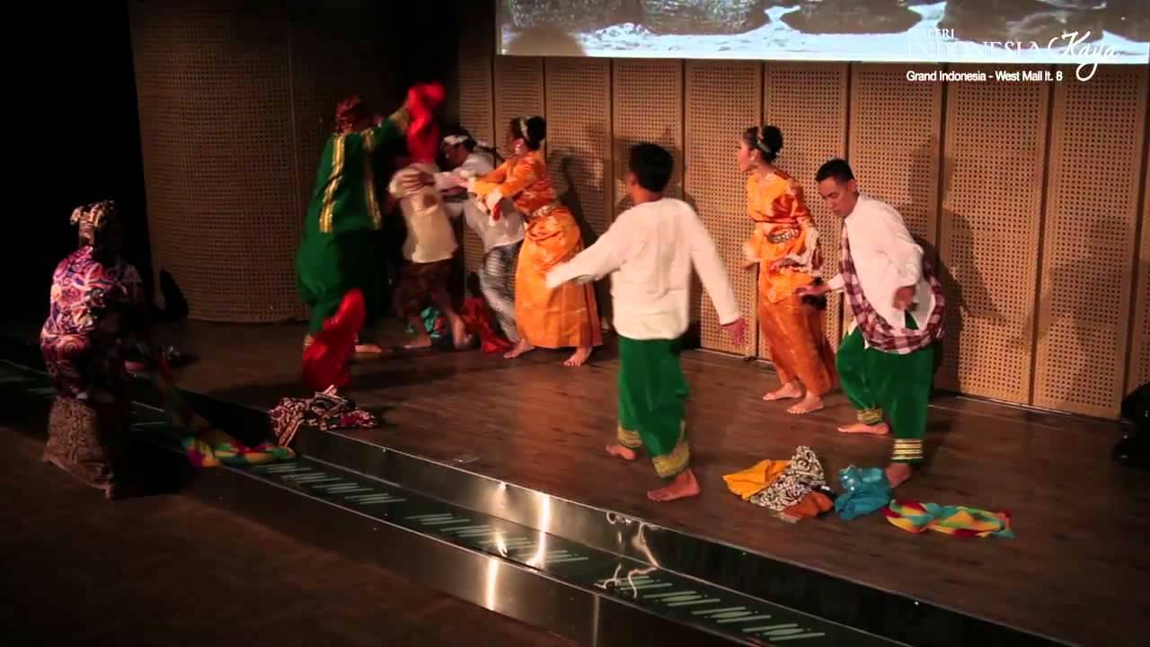 """Drama Musikal """"Malin Kundang"""" Oleh Sangrina Bunda"""