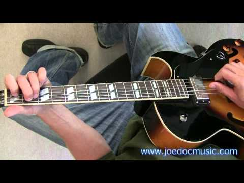 How to Play Rockabilly Rhythm Guitar / \
