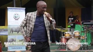 Mcheshaji Oscar Nyerere akiigiza sauti ya Rais Magufuli ni nomaa!