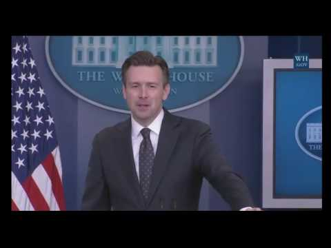 Josh Earnest Grilled On U.S. Sending $400 Million During White House Press Briefing 8/3/16