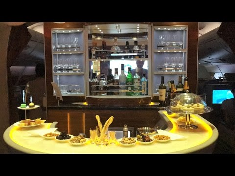 Luxury Jetsetting in Emirates A380 Business Class Dubai to Bangkok
