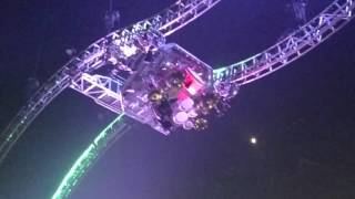 tommy lees epic upside down drum solo