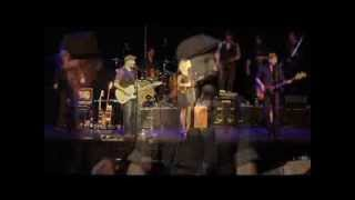 Rain On Me - The Paperboys- Live in Seattle (OFFICIAL)
