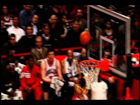 Chicago Bulls Open 2012-13 Season with Born 2 Run