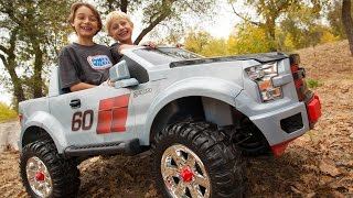 Repeat youtube video Power Wheels Ford F150 Extreme Sport Unboxing - New 2015 Model!