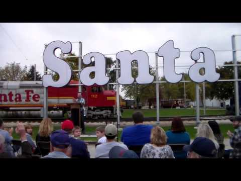 Santa Fe Sign Lighting Ceremony!  ( Last Trip of 2016 to the Illinois Railway Museum Part 2 )