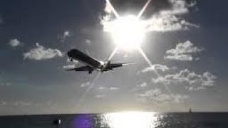 Amazing Nassau Bahamas Visual Approach and Landing Rwy14 MD80 HD 2012