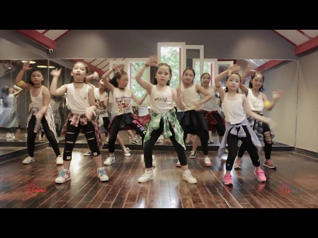 Piranha | Star Garden Academy | Zumba Dance Workout |