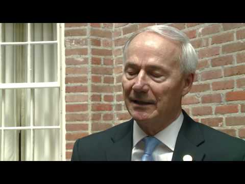 "Gov. Asa Hutchinson confident there'll be ""no issues"" with 3-drug execution cocktail"