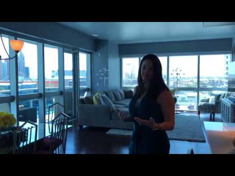 Take A Tour of This Las Vegas Luxury High Rise Condo For Sale w Lauren Stark.