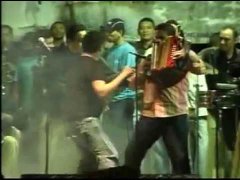 Ahí Viene, Ahí Va - Silvestre & Juancho En La Paz Cesar
