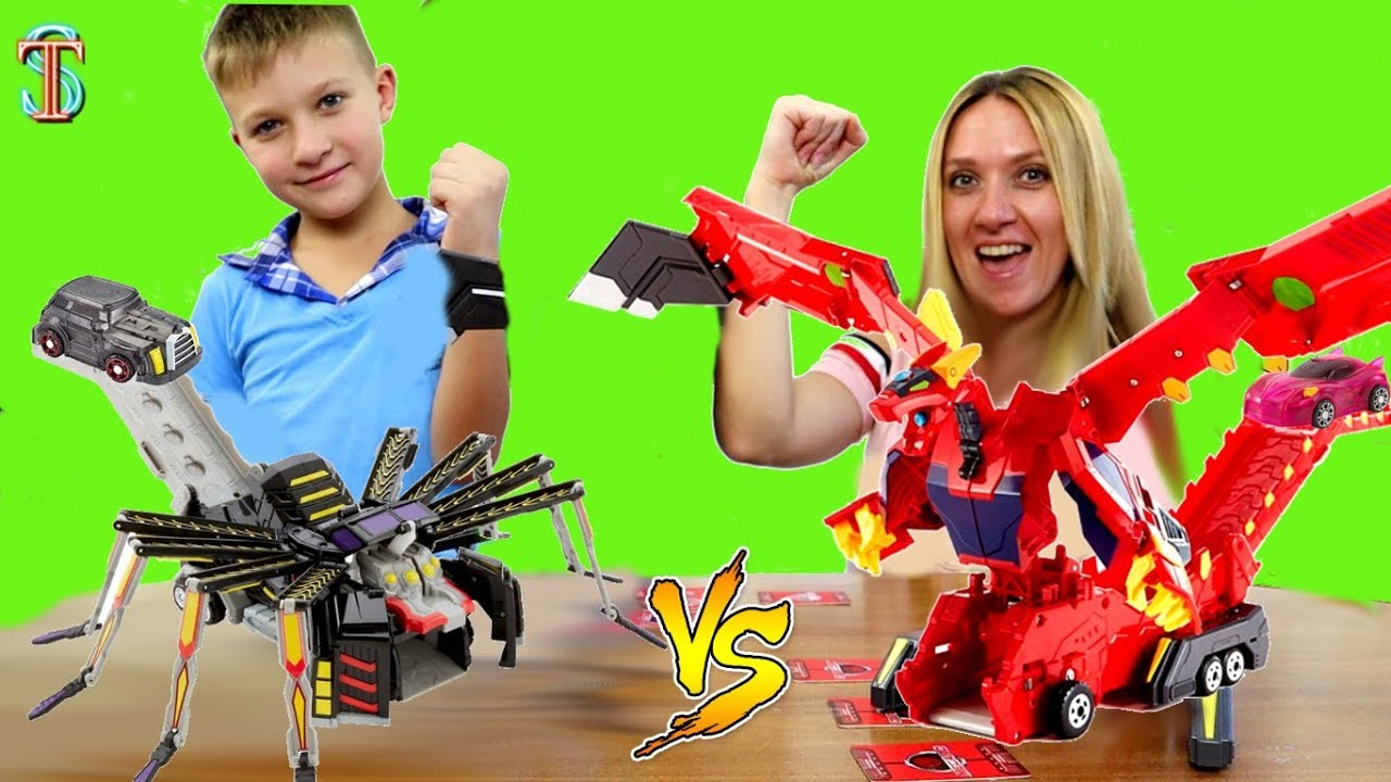 Мекард БИТВА ???? Кто лучше играет в карточную игру с трансформерами ???? Mecard? Тима против мамы!